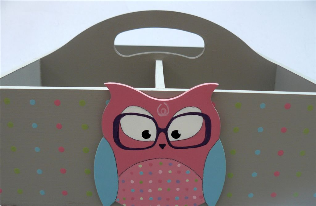 Grey base owl with glasses cutout