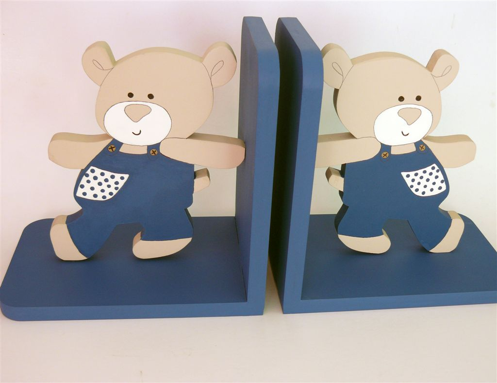 Bookends with walking teddies