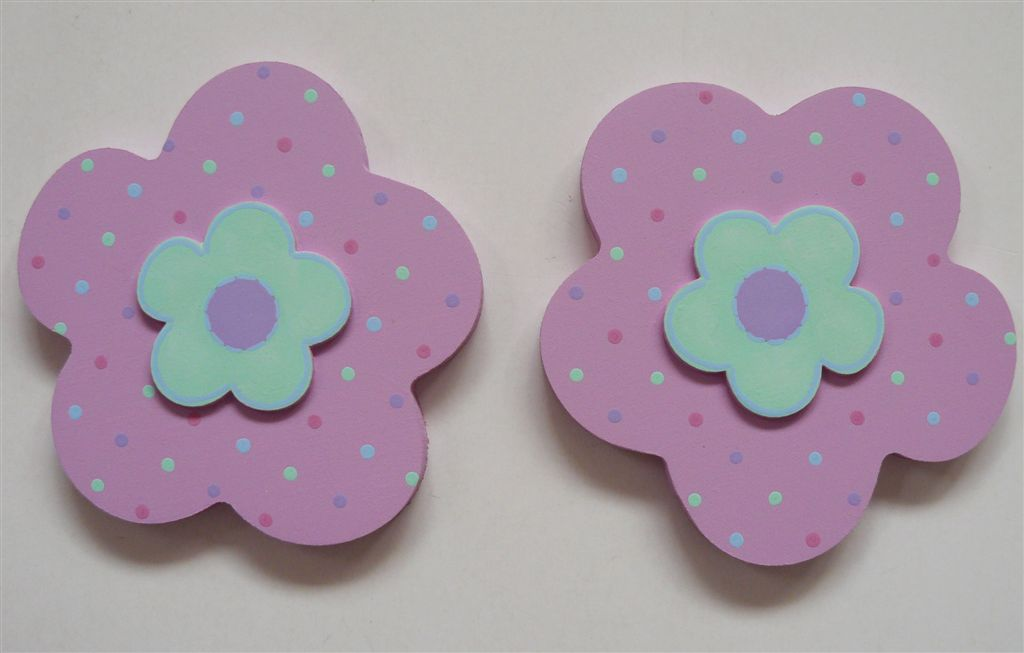 Flowers in pastel tiebacks