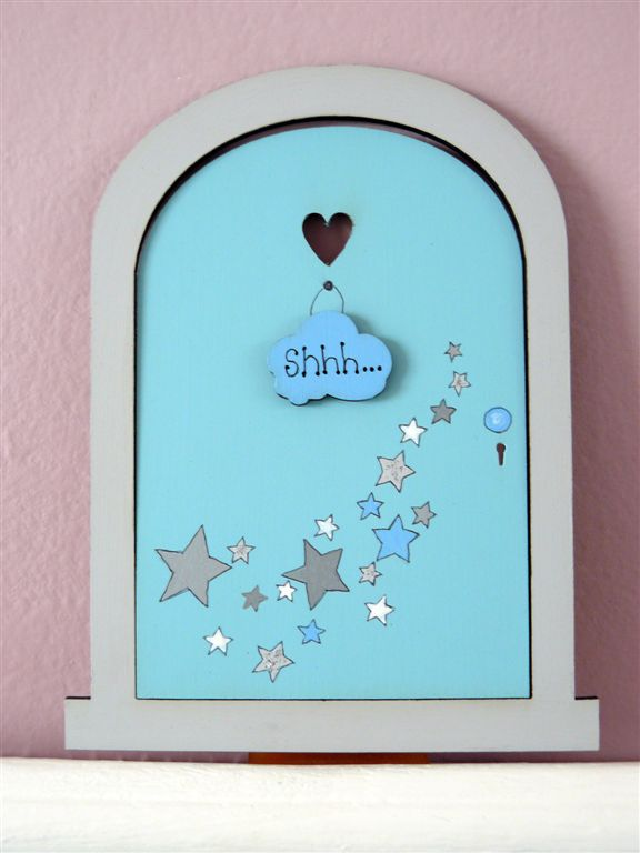 Turqois door with grey stars 18x14cm