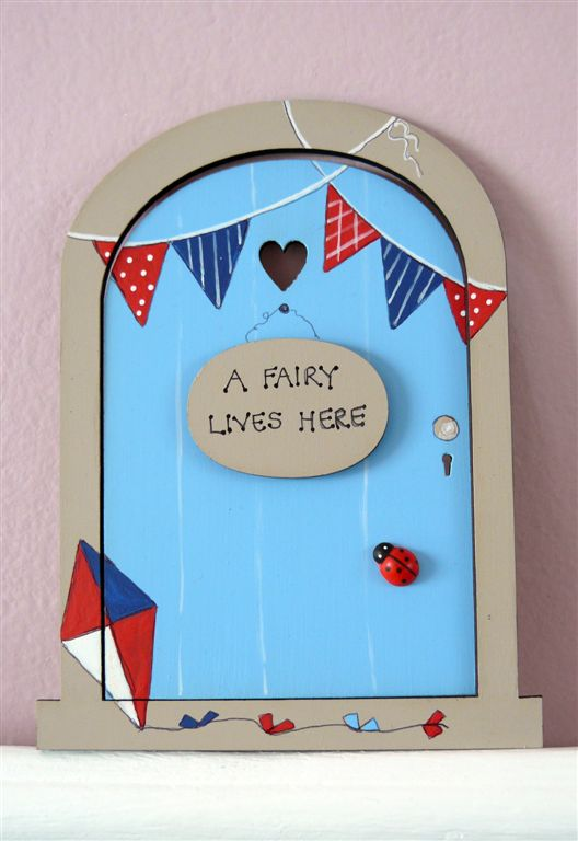 Turqois door with bunting 18x14cm