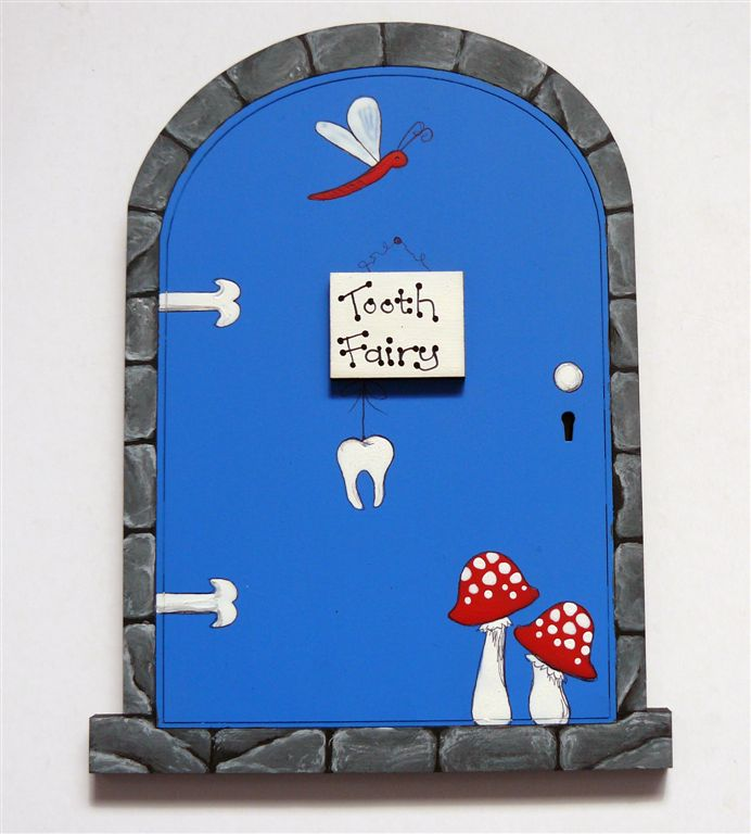 Grey frame with navy blue door 18x14cm