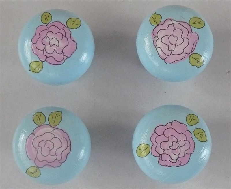 Doorknobs blue with pink roses