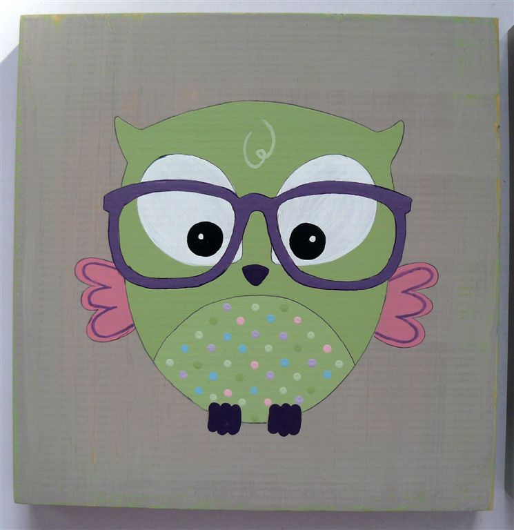 Green owl purple glasses