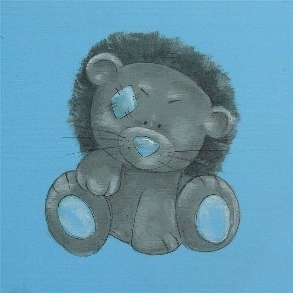 WPB baby lion on light blue