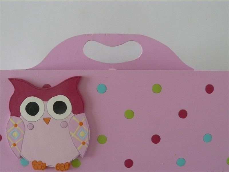 Pink caddy with owl
