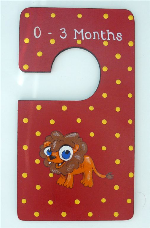 Closet Divider Red with a lion