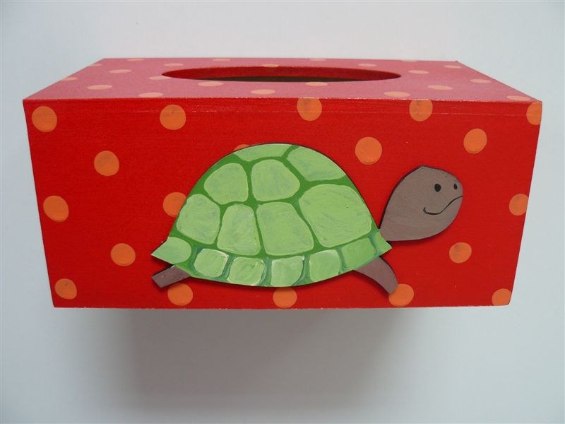 Tissue box red with turtle