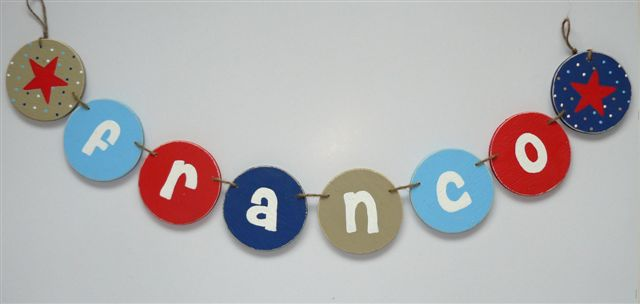 FRANCO wooden bunting